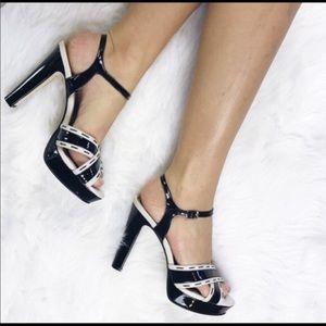 🆕 Black House White Market Platform Heels 9